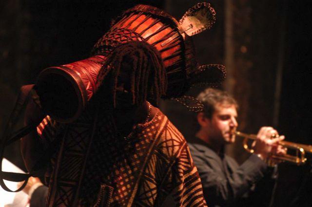 AFREAKA BOOM! 9 Aprile Casa del Jazz- Operaia suona la musica dei grandi Maestri afroamericani, ispirata all'Africa- feat. Moustapha Mbengue-Ruggero Artale Afro Percussion Ensemble con la partecipazione di Luigi Onori