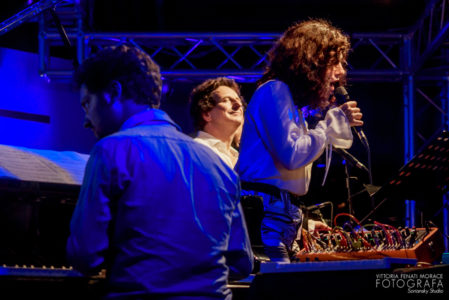 Five voices for a voyager gio 18 apr | 21:00 | Teatro Studio Borgna La rassegna Recording Studio live dei dischi della Parco della Musica Records presenta Five voices for a voyager.